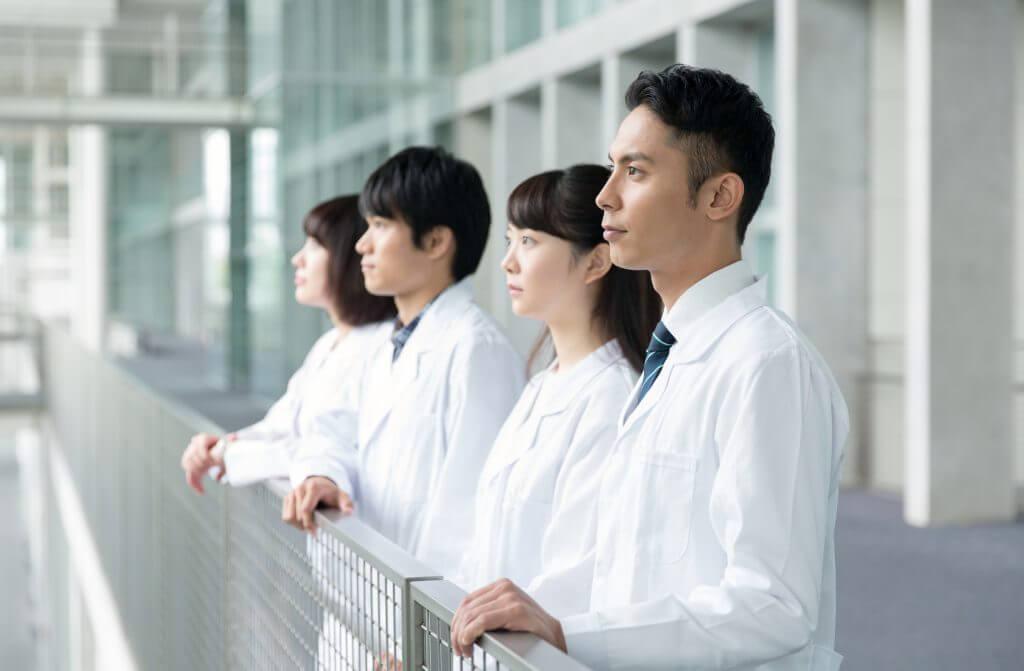 現役合格・多浪再受験合格を目指す方問わず、第一志望大学の医学部合格に導きます