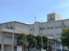小山高専校舎