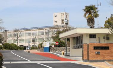 奈良高専校舎