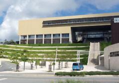 沖縄高専校舎