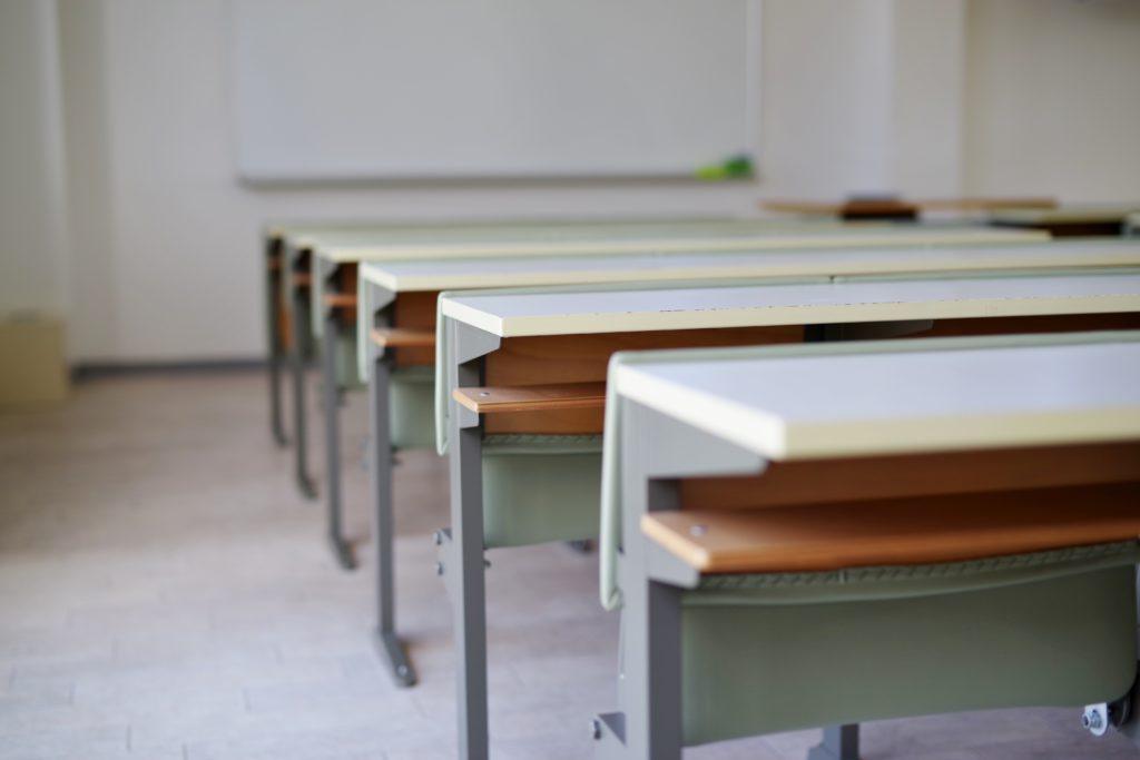 「学習塾」、「家庭教師」、「家での勉強」どの勉強法が一番最適?