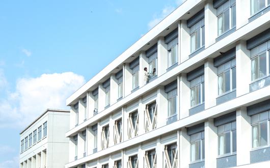 広島商船高専校舎