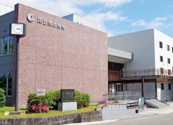 熊本高専校舎